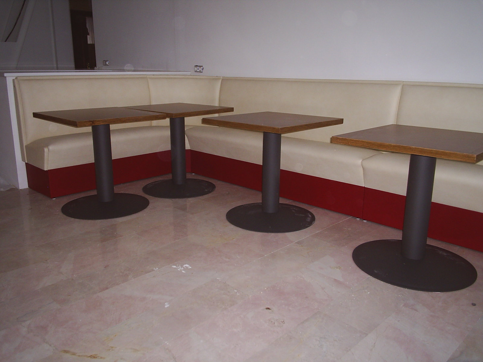 Keuken Hoekbank Op Maat : Eigen meubelfabriek, iedere eethoekbank wordt speciaal voor de klant